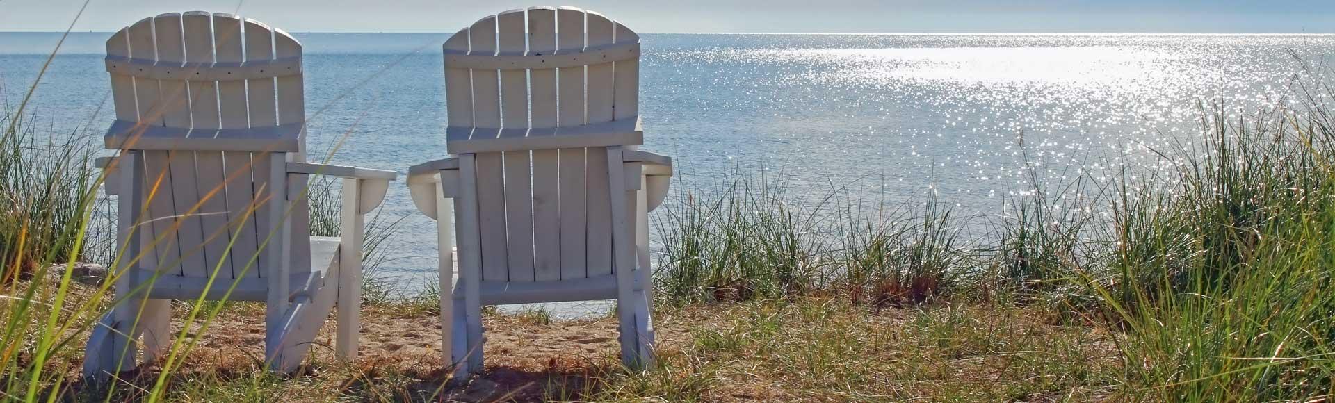 CYCT-LakeMichigan-2-Chairs-Overlook_1920x580